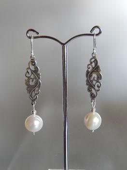 ROMANTIKUS  ezüst fülbevaló gyönggyel