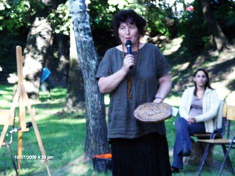 A Fesztivál szervezője, rendezője, Horváthné Rozsnoki Zsuzsanna
