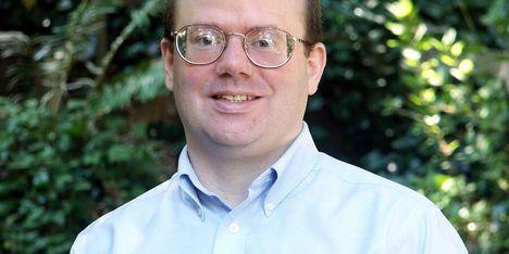 A közösségi média bojkottjára szólít fel a Wikipedia egyik alapítója, Larry Sanger
