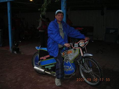 STEFÁNI   ATTILA   MOTORJÁN  !!!