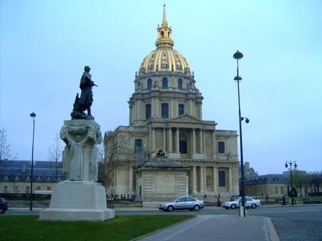 Invalidusok dómja- Napoleon sírhelye