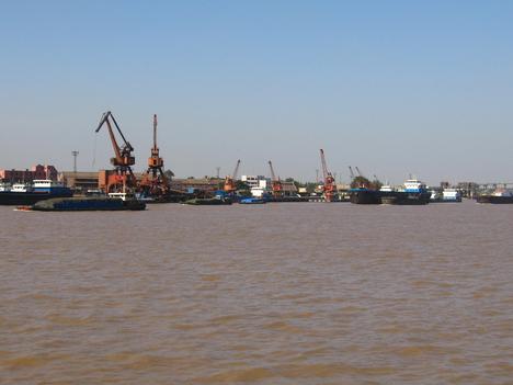 Yangche-folyó