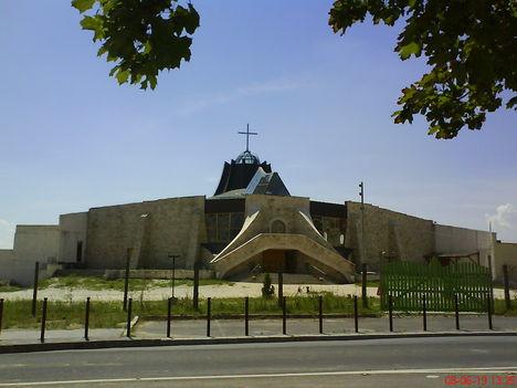 Gazdagrét Szent Angyalok Temploma  3