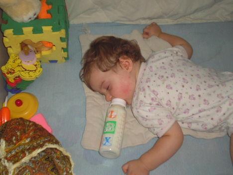 Alszok!!