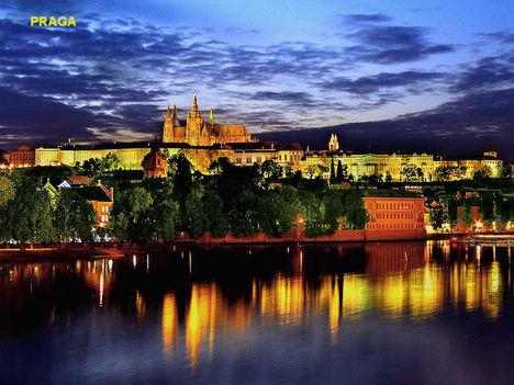 Éjszaka-Prága