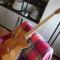 Készülő gitár