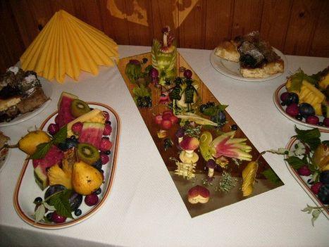 Gyümölcs asztal