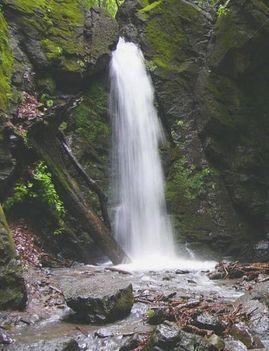 Parádfürdő Lona-völgyi vízesés