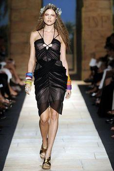Diane von Furstenberg 2010 tavasz-nyár 10