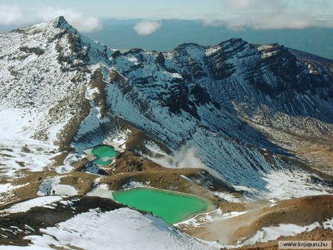 Emerald_tavak-Tongariro-hegy