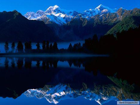 Matheson-tó-Mount_Tasman_és_a_Mount_Cook-Westland_Nemzeti_Park
