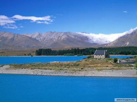 Templom_és_a_Tekapo-tó-Christchurch_közelében