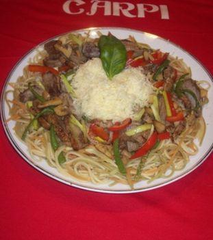 kacsamell spagettiágyon