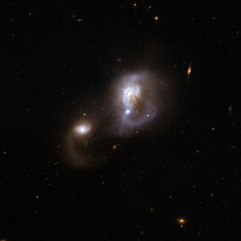 Hubble Interacting Galaxy IRAS F10565
