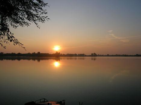 Nyéki tó. 6