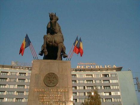 KOLOZSVÁR 12