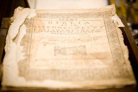 BIBLIA Károli Gáspár fordítása