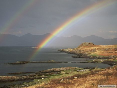 Dupla_szivárvány_a_Scridain-tó_felett-Mull-sziget-Skócia