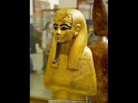 Egyiptomi Nemzeti Múzeum 26