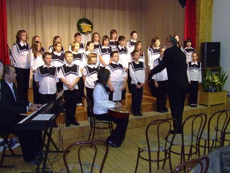Lébényi Általános Iskola énekkara