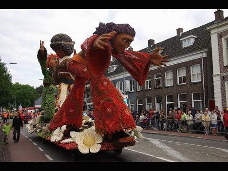 Gyümölcsfesztivál Hollandiában. 2