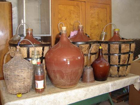 készül a Rose bor