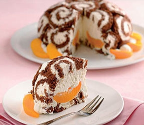 Túrókrémes charlotte-torta