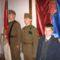 Hagyományőrzők a zászlónál