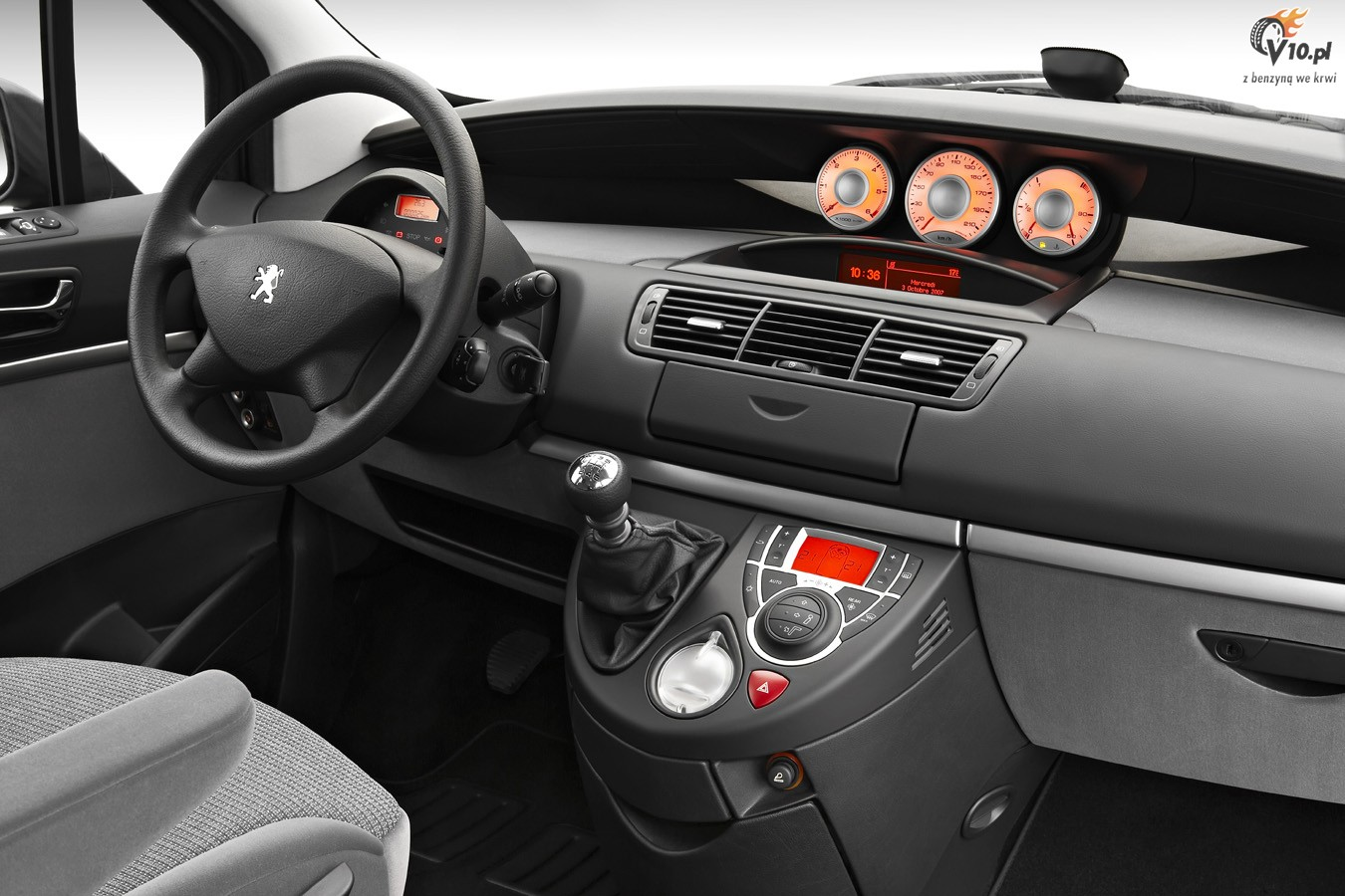 Peugeot peugeot 807 m szerfal k p for Interieur 807