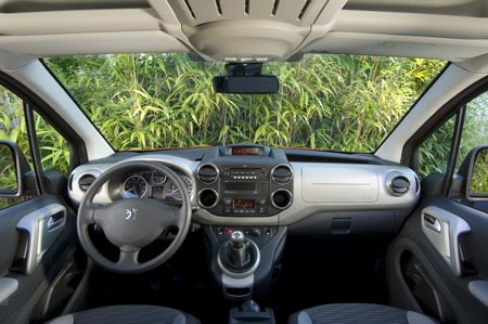 Peugeot Partner Tepee műszerfal