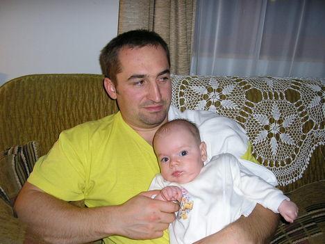 Apa és fia 2 éve