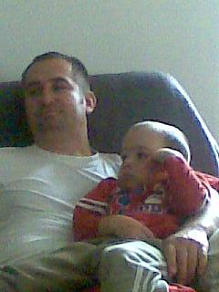 Apa és fia pihen