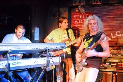 Alapi Band Alcatraz 2009.10.28 7