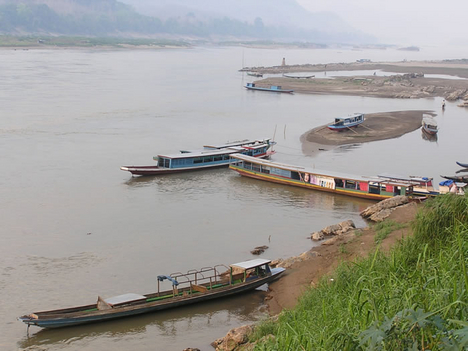 hajók a Mekongon