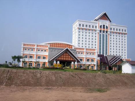 Vientiane - Donechan palota
