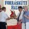 lengyelországi tesvértelepülésünk - Charsznica - képviselői átadják ajándékukat