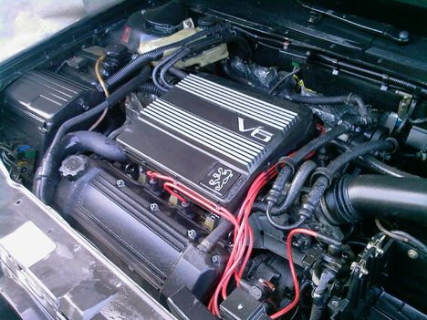 V6 3.0i eladó a motor