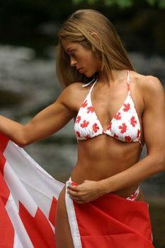 A Zászlós Melanie Pitt