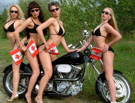 Szelíd motoros lányok