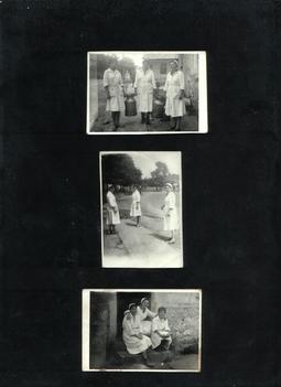 1964-ben  a régi falusi nagybolt előtt /ma Walter vas- műszaki bolt/.  Moser Ferencné, Linde Margit és Bali Ferencné /Fotó: Szulics Kinga/