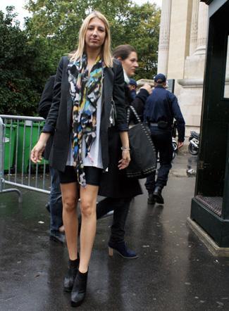 e68d22658c Divat: Őszi divat Párizs utcáin (kép)