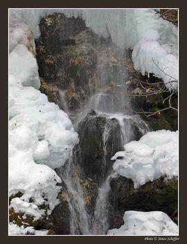 BÜKK Anna vízesés télen