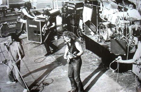 p.mobil-1981