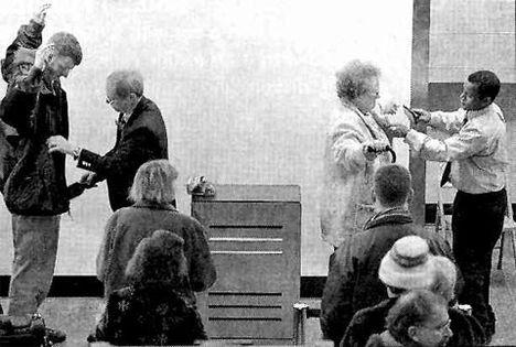 airport poggyászellenőrzés 1970 körül