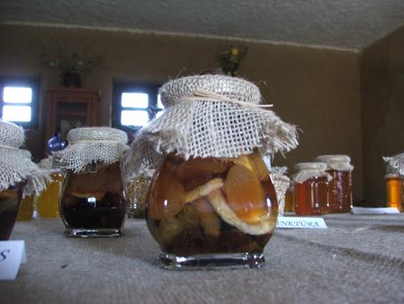 Óváros + méhész háza 13