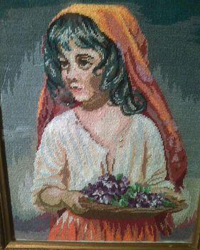 Ibolyaárus kislány