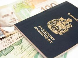kanadai útlevél és pénz
