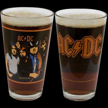 AC / DC - és a Sör..