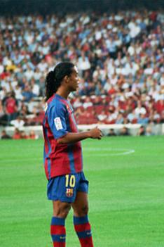220px-Ronaldinho