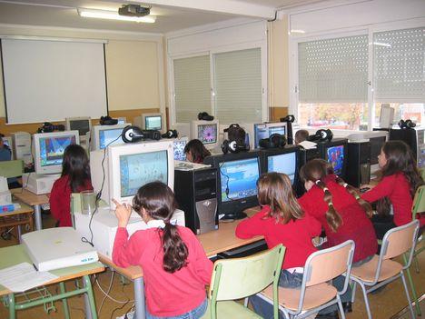 iskolai informatika óra2